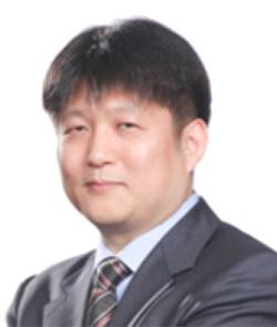JS Yang_resized
